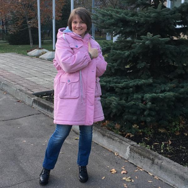 Фото. Парку теперь носят и женщины. Автор работы - MalTa