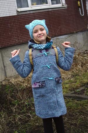 Фото. Дафлкот, котошапка и мини-шарфик - стильный наряд для подростка. Автор работы - олЁна и ежик