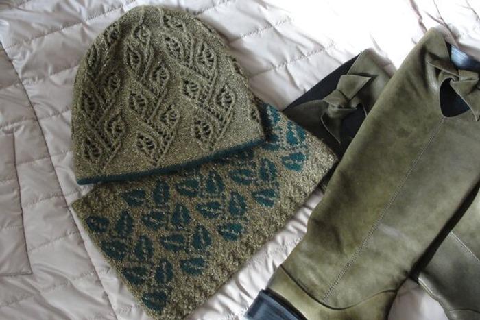 Фото. Двойная шапка и снуд.   Автор работы - -malina-