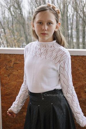 """Фото. Моя давняя мечта - пуловер для дочки. Пряжа """"Нежная"""" Пехорка, спицы 2,25 и 2,75."""