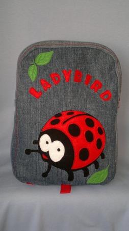 Фото. Рюкзак для девочки, переделка из джинсов (настоящий деним!). Выкройка своя, на глаз. Автор работы - MamaRa1706