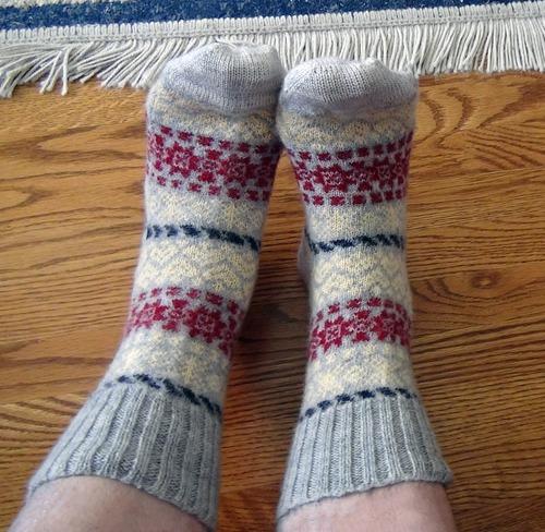 """Фото. Особые """"Новогодние носочки"""" с орнаментом из остатков пряжи. Автор работы - Casablanka"""