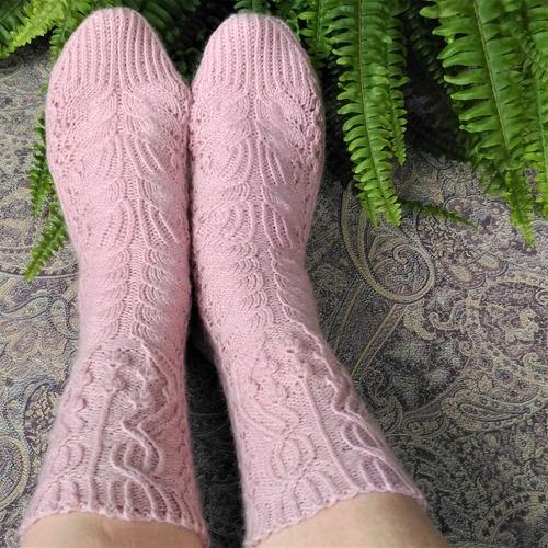 Фото. Носки The Magic Flower of Fern Socks by Liliya Patashka. Автор работы - vanady