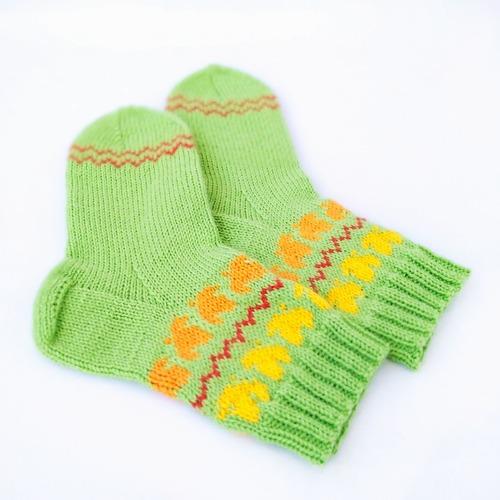 Фото. Детские носочки должны быть яркими, такие точно не потеряют друг друга! Автор работы - Стрекозка 2