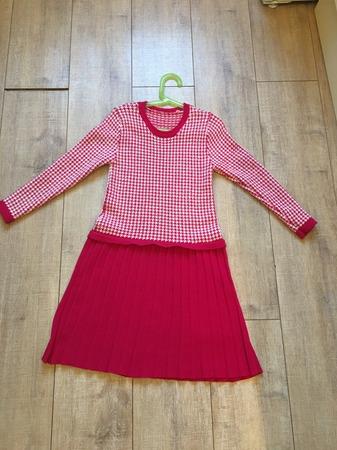 Фото. Платье для девочки, машинное вязание.   Автор работы - Садичка
