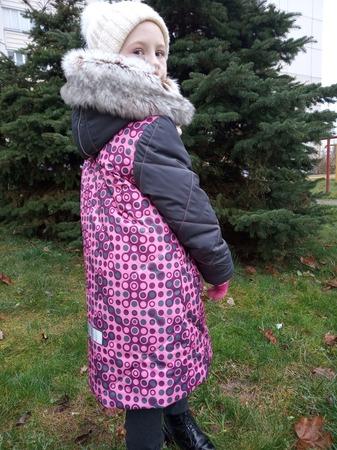 Фото. Классическая парка с отделанным мехом капюшоном. Автор работы - AYouchka