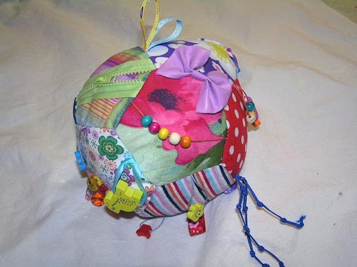 Фото. Мяч-развивашка для дочки.