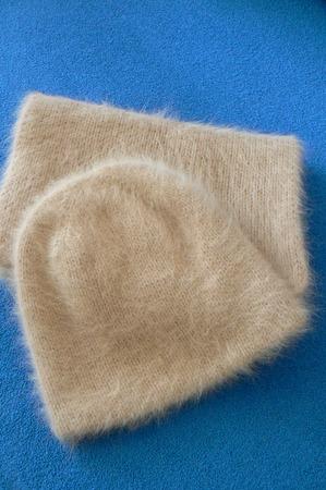 Фото. Двойная шапочка и шарф из ангоры. Автор работы - Natal ka