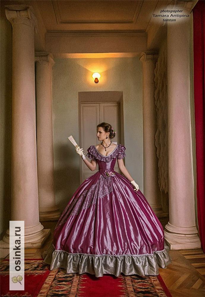 Фото. Бальной платье, ок 1860-го года. Фотограф – Тамара Антипина, усадьба Ивановское.