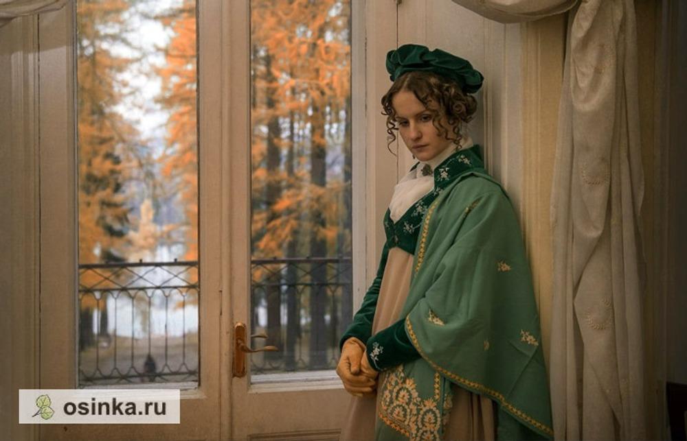 Фото. Прогулочный наряд, ок. 1807-10 гг. Фотограф – Тамара Антипина, усадьба Середняково.