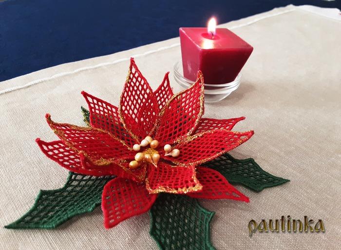 Фото. Вифлиемская звезда - машинная вышивка. Автор работы - pautinka1