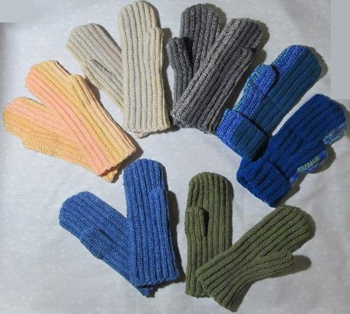 Фото. Варежки крючком полустолбиками - это совсем другая техника вязания.  Автор работы - Иллара