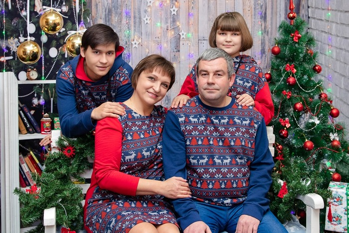 Фото. Family look в новогодней тематике.  Автор работы - мамочкаИрочка