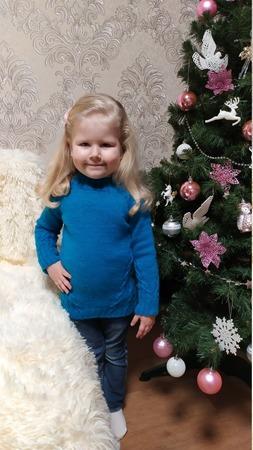 Фото. Voyage sweater by Liudmyla Babintseva, для младшей внучки Аделины.   Автор работы - Багрянец осени