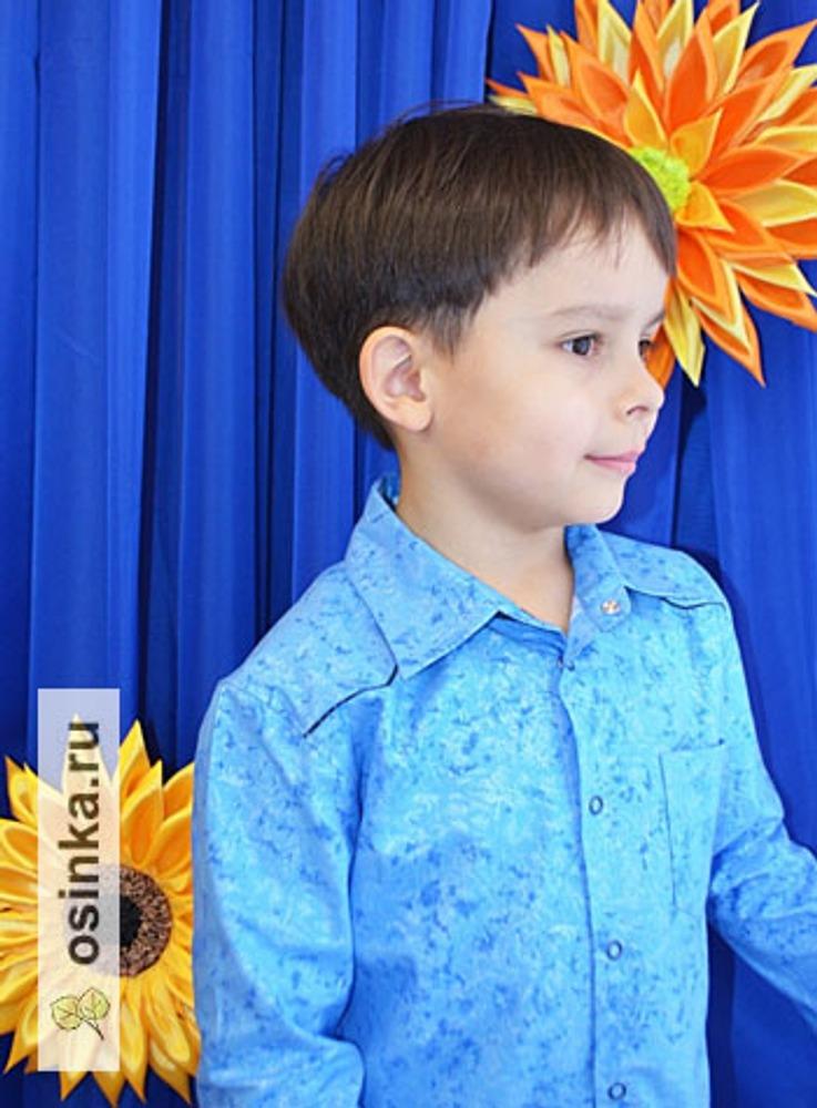 Фото. Рубашка для мальчика - парадный наряд на празднование 8 марта.