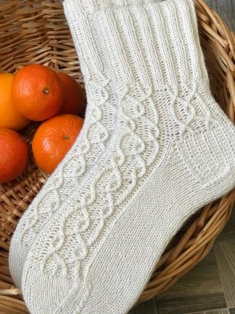 Фото. Носки с узорами.  Автор работы - Ларачка
