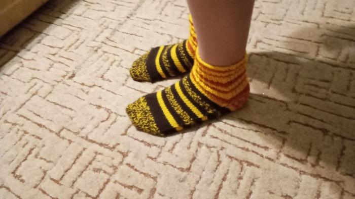Фото. Проба пера - носки для ребенка.  Автор работы - Foxtory