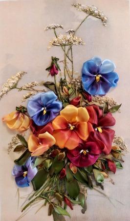 Фото. Весенние цветы. Вышивка лентами. Автор работы - Танаис