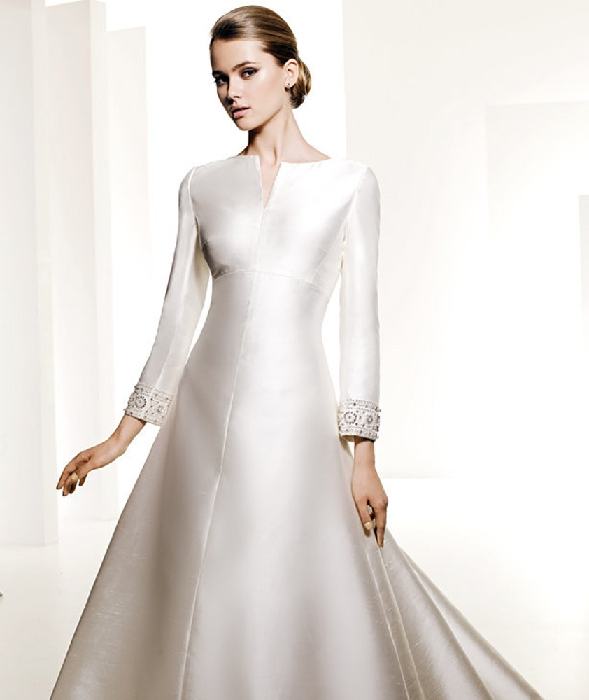 Фото. 12. Свадебное платье. Мануэль Мота для Pronovias.