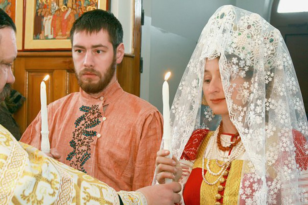 Фото. 31. Венчание. Свадьба  Ольги и Павла Спеховых. Челябинск, 2010.