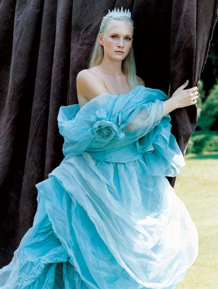 Фото. 59. Свадебное платье. Ателье Эйми (Италия).