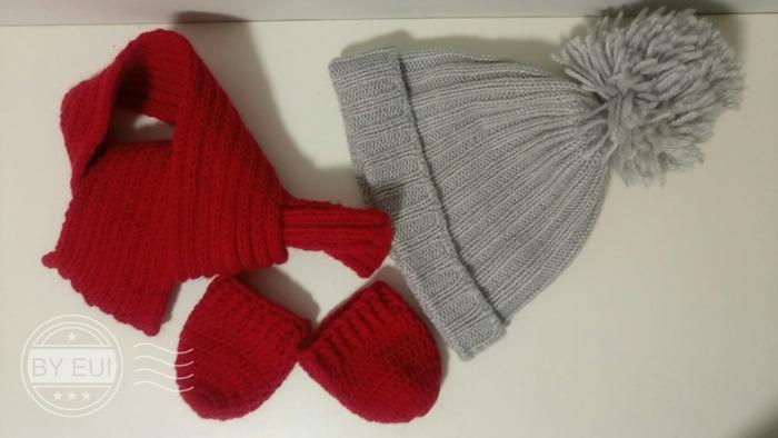 Фото. Внучке шарфик и варежки.   Автор работы - nellius