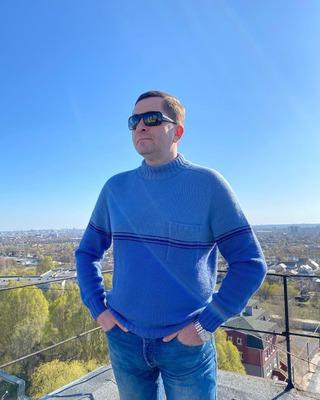 Фото. Пуловер мужской two_colors_pocket_man.
