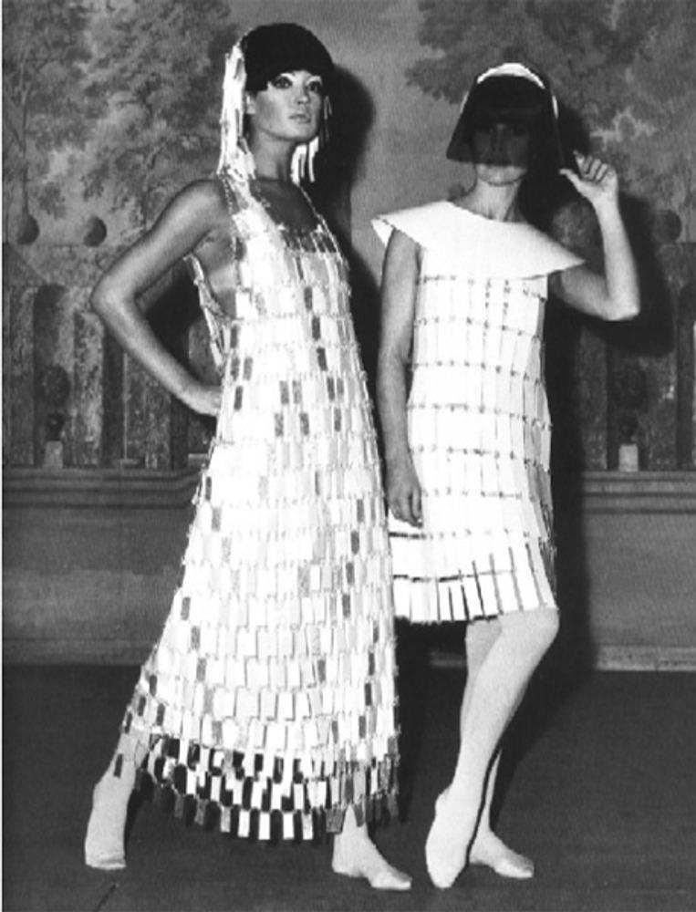 Фото. Paco Rabanne, платье для коктейля и вечернее платье, 1960-е гг.