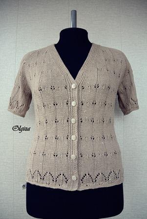 Фото. Модель из японского журнала Let's Knit Series.   Автор работы - Olgiza