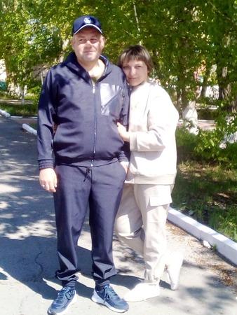 Фото. Костюмы себе и мужу.  Автор работы - мамочкаИрочка