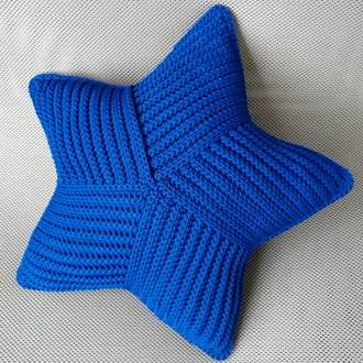 "Фото. Подушка ""Морская Звезда"", материал: шнур (100% полиэстер)."