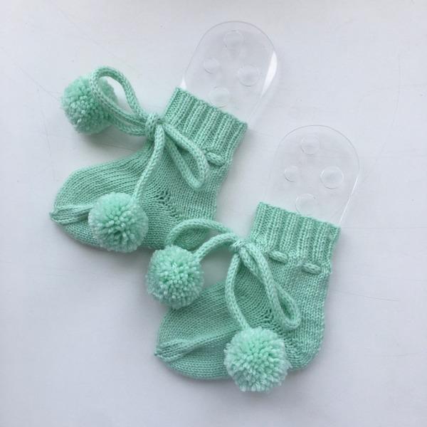 Фото. Детские носочки.  Автор работы - Елена Трегубова