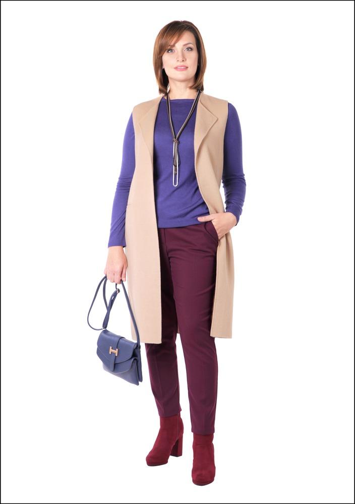 Комплект №1 . Кашемировый жилет – Zara. Джемпер – Benetton. Брюки и ботильоны – Marks & Spencer