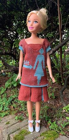 Фото. Для Барби - приемы двухфонтурного вязания.  Автор работы - elenah