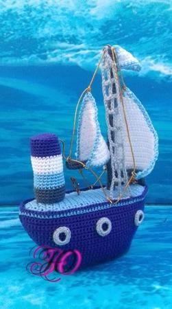 Фото. Кораблик-амигуруми.  Автор работы - Corviny